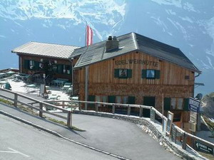 Edelweissspitze hut