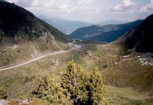 Uitzicht op de Nockalmstrasse in het Nockalmgebergte